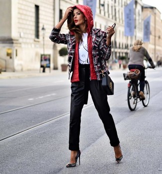 How to Wear a Black Leather Crossbody Bag: A red gilet and a black leather crossbody bag are absolute staples if you're picking out an off-duty wardrobe that holds to the highest fashion standards. A trendy pair of black studded leather pumps is a simple way to add an added dose of chic to this ensemble.