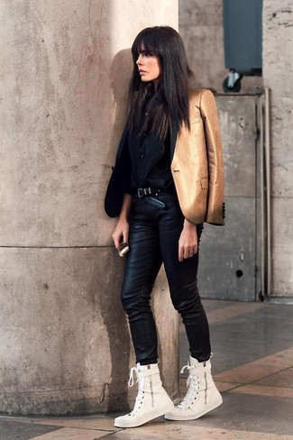 Step up your off-duty look in a gold blazer and black leather skinny jeans. A pair of white canvas high top sneakers will be a stylish addition to your outfit.