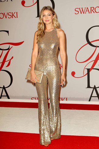 How to wear: gold sequin jumpsuit, gold sequin clutch