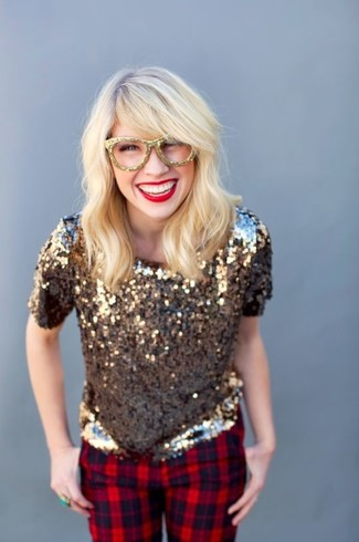 How to wear: gold sequin short sleeve blouse, red plaid skinny pants