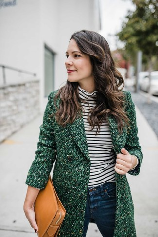 Women's Looks & Outfits: What To Wear In 2020: Consider pairing a green tweed coat with navy skinny jeans for a laid-back ensemble with a contemporary spin.
