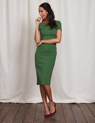 How to wear: green sheath dress, burgundy suede pumps