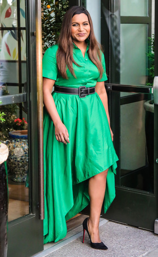 How to Wear Black Suede Pumps: Look chic yet casual by opting for a green shirtdress. Hesitant about how to finish off? Complement your getup with black suede pumps to turn up the wow factor.