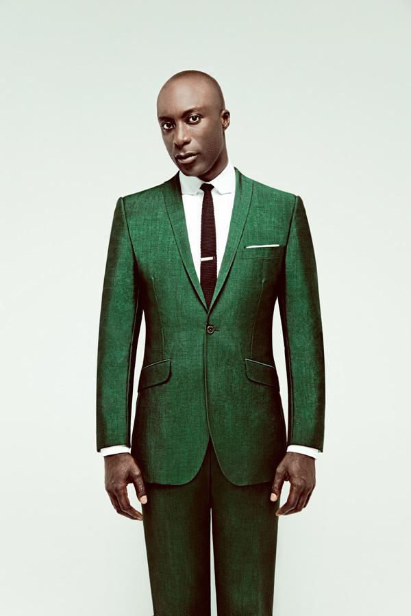 Dermot O'Leary wearing Green Suit, White Dress Shirt, Dark Brown ...
