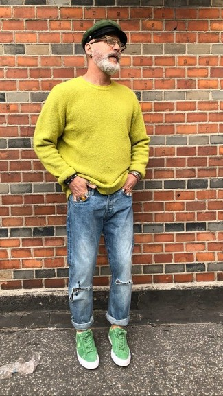 How to wear: green-yellow crew-neck sweater, blue ripped jeans, green suede low top sneakers, dark green flat cap