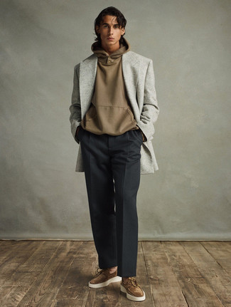 Grey Blazer with Black Pants Outfits For Men: You'll be surprised at how super easy it is to get dressed this way. Just a grey blazer worn with black pants. For extra fashion points, complement this look with a pair of brown suede boat shoes.