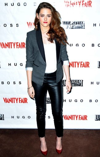 Kristen Stewart wearing Grey Blazer, White Crew-neck T-shirt, Black Leather Skinny Jeans, Red Leather Pumps