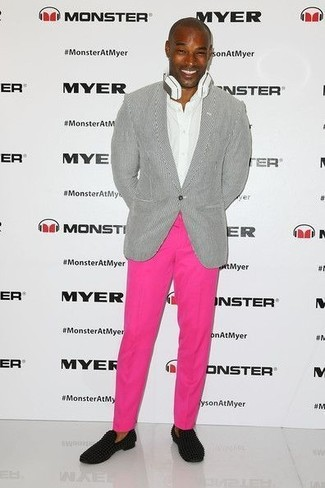 How to wear: grey blazer, white dress shirt, hot pink chinos, black suede loafers