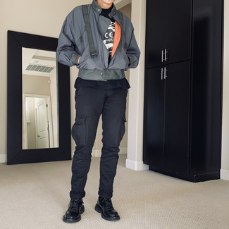 Cargo Pants Outfits: This combination of a grey bomber jacket and cargo pants is extremely easy to do and so comfortable to wear throughout the day as well! Black leather casual boots will give an extra dose of refinement to an otherwise utilitarian outfit.