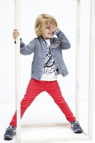 Boys' Looks & Outfits: What To Wear In 2020: Suggest that your kid opt for a grey bomber jacket and red jeans for a laid-back yet fashion-forward outfit. This getup is complemented nicely with navy sneakers.
