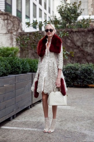 How to wear: grey lace coat, grey lace ankle boots, white leather tote bag, burgundy fur scarf