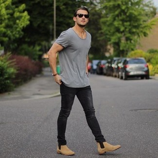 How to Wear a Grey Crew-neck T-shirt (280 looks) | Men's Fashion