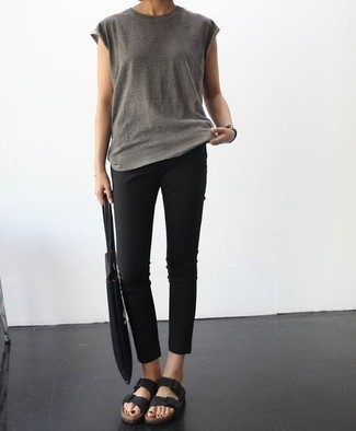 How to wear: grey crew-neck t-shirt, black skinny pants, black leather flat sandals, black canvas tote bag