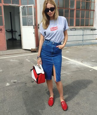 Women's Grey Print Crew-neck T-shirt, Blue Denim Pencil Skirt, Red Leather Loafers, White and Red Leather Handbag