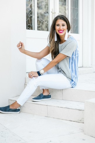 How to Wear Clear Earrings: Infuse style into your current rotation with a grey crew-neck t-shirt and clear earrings. With shoes, go for something on the classier end of the spectrum and complete your ensemble with a pair of navy suede slip-on sneakers.