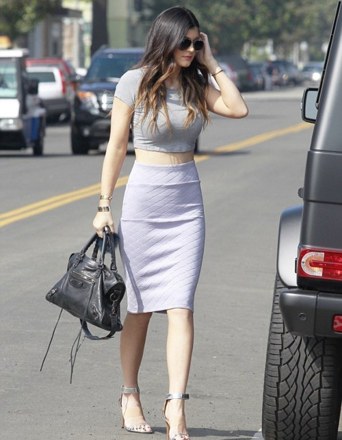 Kylie Jenner wearing Grey Cropped Top, White Quilted Pencil Skirt ...