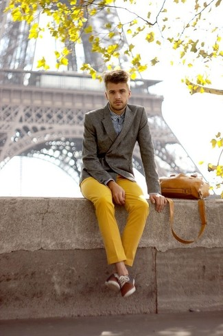 Yellow Chinos with Grey Blazer Outfits: For an ensemble that's worthy of a modern style-savvy gentleman and casually sophisticated, pair a grey blazer with yellow chinos. Complete this getup with a pair of brown plimsolls to effortlessly turn up the appeal of your ensemble.