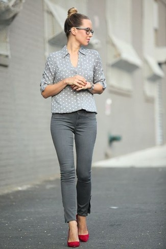 How to wear: grey polka dot dress shirt, grey skinny jeans, red suede pumps, silver watch