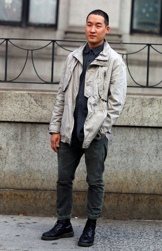 Black Leather Casual Boots Outfits For Men: For an ensemble that delivers function and dapperness, choose a grey field jacket and charcoal jeans. You can get a little creative with shoes and smarten up your look by finishing off with a pair of black leather casual boots.