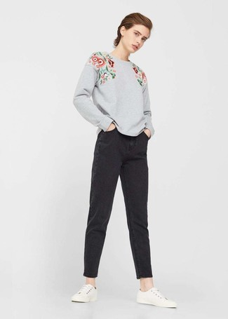 Something as simple as opting for a grey floral sweatshirt and Eileen Fisher Boyfriend Jeans In Vintage Black can potentially set you apart from the crowd. A pair of white low top sneakers will integrate smoothly within a variety of ensembles. We promise this ensemble is the answer to all of your transitional style woes.