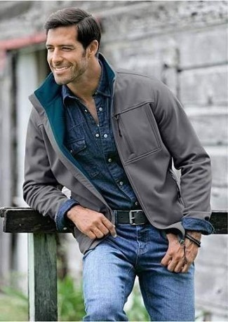 How to Wear a Black Leather Belt For Men: For comfort dressing with an edgy take, you can easily dress in a grey harrington jacket and a black leather belt.