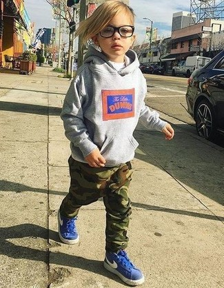 Boys' Grey Print Hoodie, White T-shirt, Dark Green Camouflage Sweatpants, Blue Sneakers