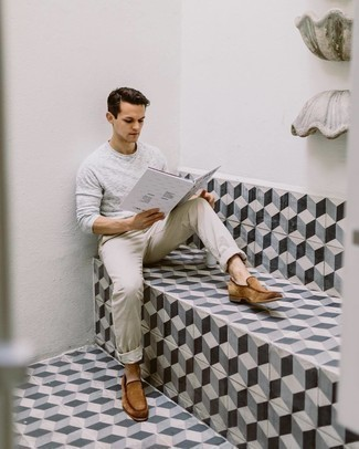 Grey Long Sleeve T-Shirt Outfits For Men: Pair a grey long sleeve t-shirt with beige chinos if you seek to look casually stylish without trying too hard. Balance this ensemble with a dressier kind of footwear, such as this pair of tan suede loafers.