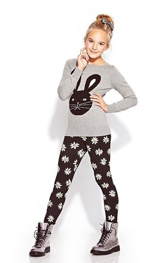 How to Wear Black Leggings For Girls: Choose a grey long sleeve t-shirt and black leggings for your little princess for a laid-back yet fashion-forward outfit. Grey boots are a great choice to finish off this outfit.