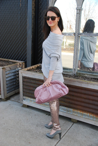 How to wear: grey long sleeve t-shirt, gold sequin skinny pants, grey suede pumps, pink satin clutch