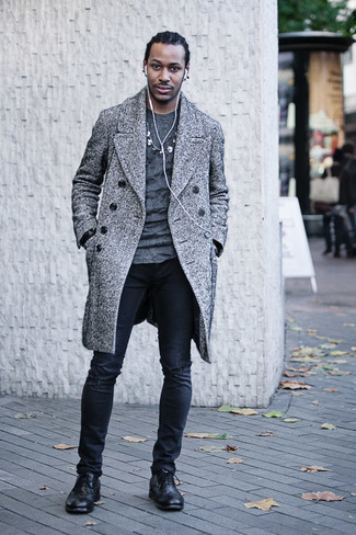How to Wear a Grey Crew-neck Sweater For Men: This combo of a grey crew-neck sweater and black ripped skinny jeans is the perfect base for a cool and casual outfit. You can get a bit experimental when it comes to shoes and introduce black leather brogue boots to the equation.