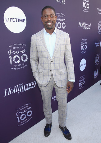 How to wear: grey plaid suit, mint dress shirt, dark brown leather oxford shoes