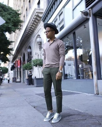 How to Wear Grey Low Top Sneakers For Men: You'll be amazed at how easy it is for any man to throw together this casually classic ensemble. Just a grey polo neck sweater and dark green chinos. Go ahead and add a pair of grey low top sneakers to the mix for a carefree vibe.