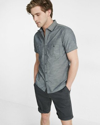 How to wear: grey short sleeve shirt, charcoal shorts