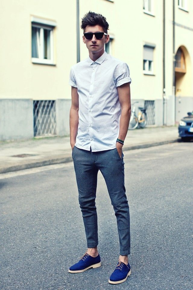 grey-short-sleeve-shirt-navy-dress-pants-blue-derby-shoes-black-sunglasses-original-13139.jpg