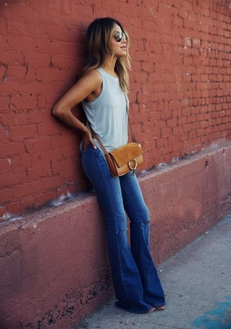 love story back heel destruction jeans