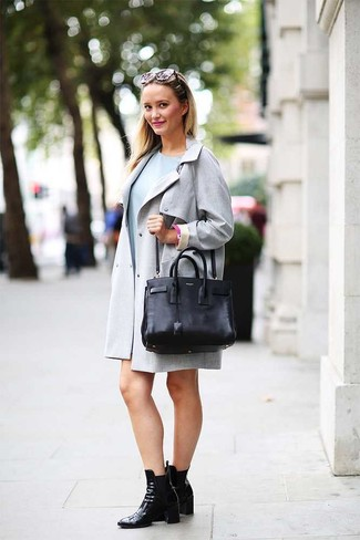 How to wear: grey trenchcoat, light blue casual dress, black leather ankle boots, black leather tote bag