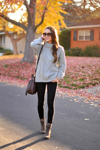 How to wear: grey knit turtleneck, black skinny jeans, brown leather lace-up ankle boots, dark brown leather crossbody bag
