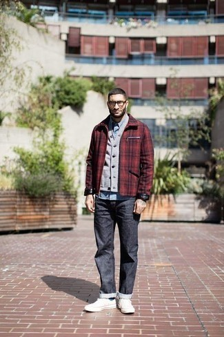 Red and Black Harrington Jacket Outfits: To don a casual ensemble with a twist, consider wearing a red and black harrington jacket and navy jeans. A pair of white canvas low top sneakers will pull the whole thing together.