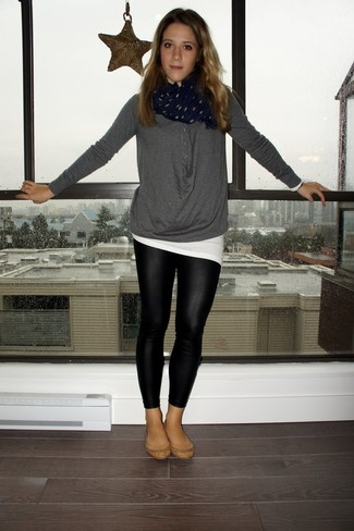 How to wear: charcoal henley shirt, white crew-neck t-shirt, black leather leggings, tan leather ballerina shoes
