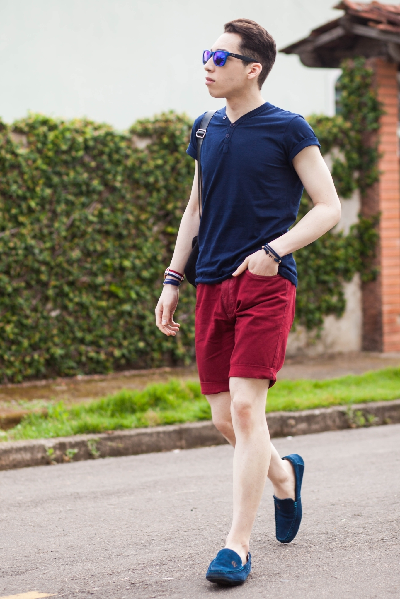 How to Wear Burgundy Shorts (25 looks) | Men's Fashion