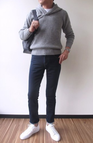 How to wear: grey hoodie, white crew-neck t-shirt, black skinny jeans, white leather low top sneakers