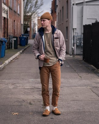 Dress Shoes Outfits For Men: For on-trend menswear style without the need to sacrifice on comfort, we like this combination of a navy hoodie and brown chinos. Dress shoes are an effortless way to power up your outfit.