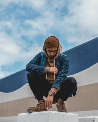 Brown Beanie Outfits For Men: The formula for a neat off-duty outfit? A brown hoodie with a brown beanie. Feeling venturesome? Break up this outfit by rounding off with a pair of brown leather casual boots.