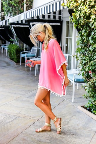 How to wear: hot pink beach dress, gold leather gladiator sandals, black sunglasses