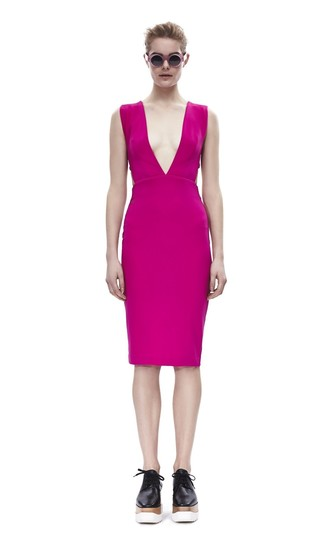How to wear: hot pink sheath dress, black chunky leather oxford shoes