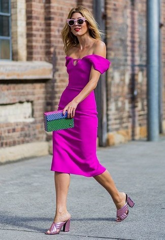 How to Wear Hot Pink Leather Mules: Demonstrate that no-one does smart like you by wearing a hot pink sheath dress. Hot pink leather mules are a welcome complement for this look.