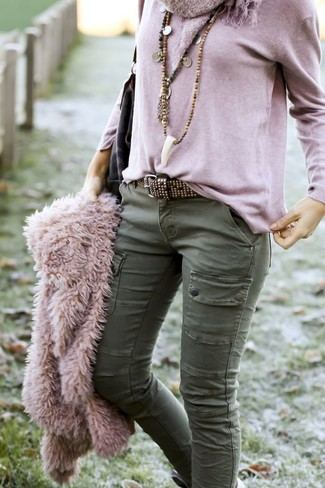 How to wear: pink textured jacket, olive cargo pants, olive camouflage leather tote bag, dark brown studded leather belt