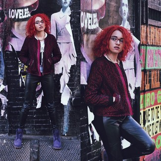 Reach for a dark purple print jacket and black leather skinny jeans for a lazy day look. A pair of violet suede lace-up flat boots will be a stylish addition to your outfit.