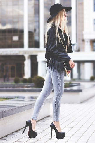 Step up your off-duty look in a black fringe leather jacket and grey leggings. Take a classic approach with the footwear and throw in a pair of black chunky leather pumps.