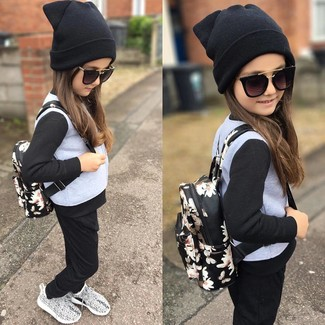 Girls' Looks & Outfits: What To Wear In 2020: Suggest that your girl wear a grey jacket with black sweatpants for a fun day in the park. Grey sneakers are a good choice to complete this style.